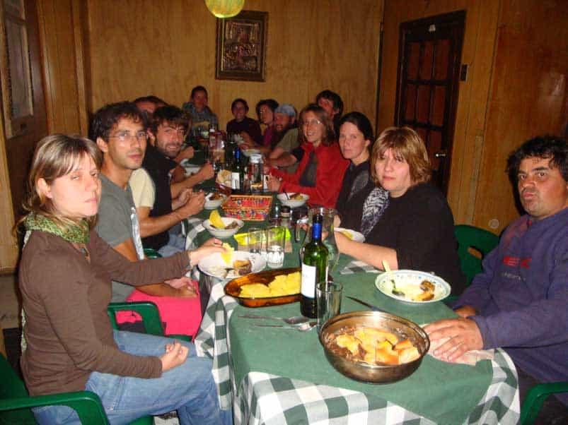 Vacsora a CS vendéglátóknál Puerto Natalesben