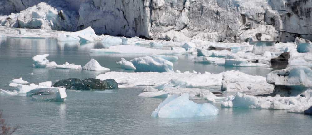 Úszó jégdarabok a Perito Morenonál