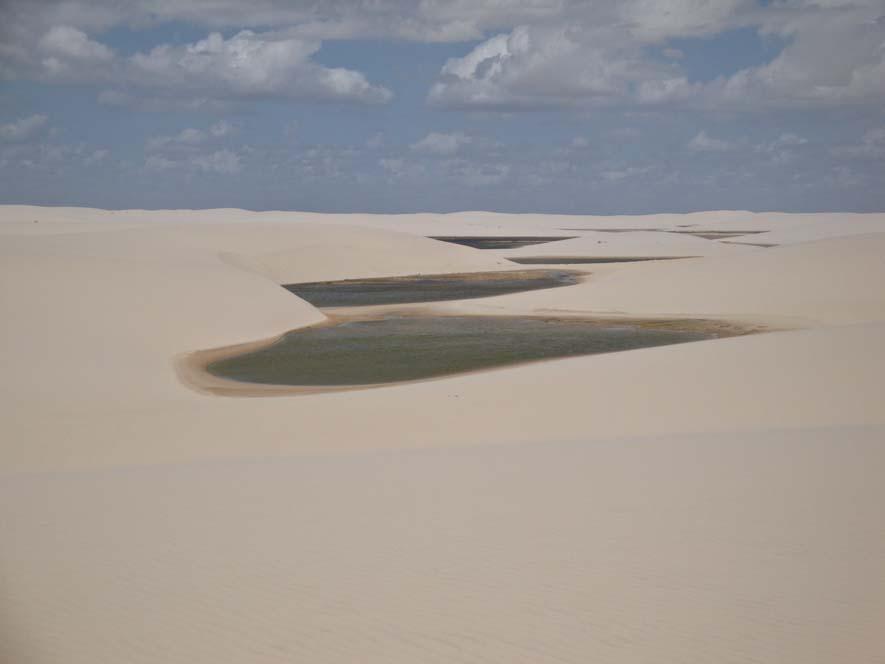 Lagúnák a dűnék között a Lençois Maranheses Nemzeti Parkban