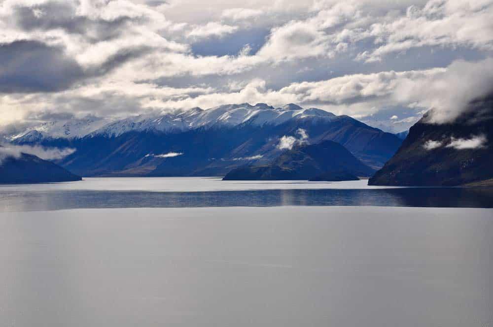 A déli tóvidék havas hegyei és végtelen tavai