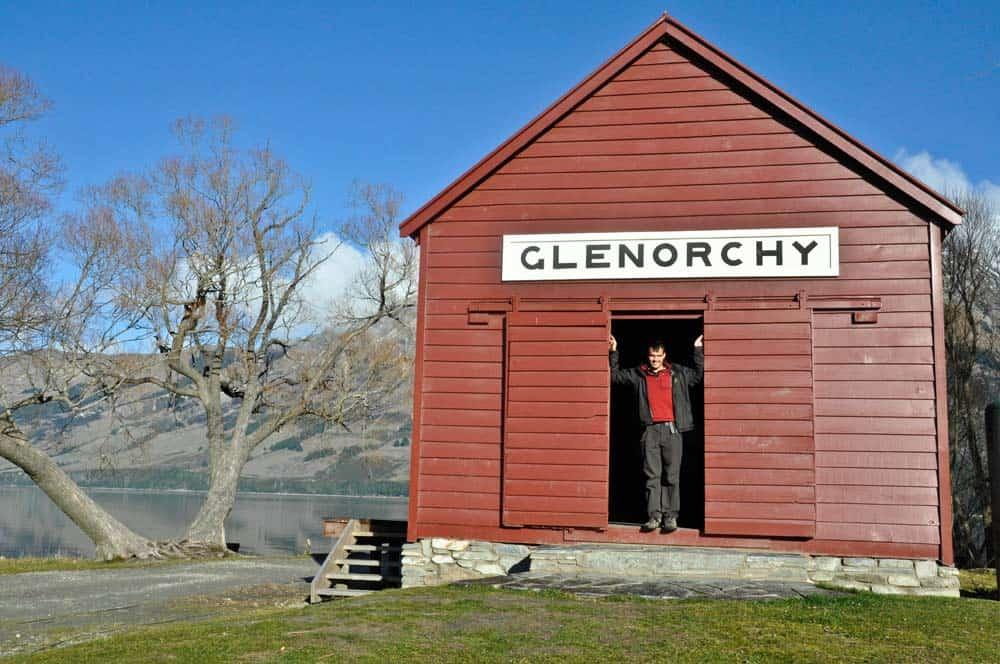 Glenorchy kis tóparti házzal