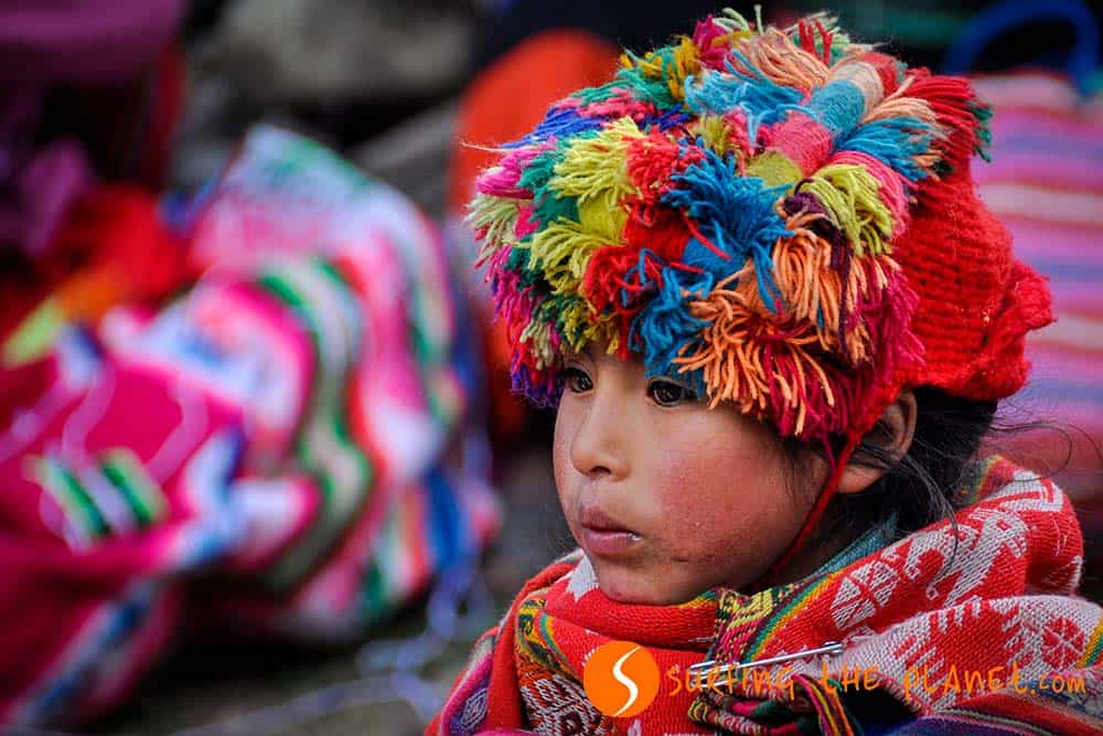 Little Quechua girl in Huilloc