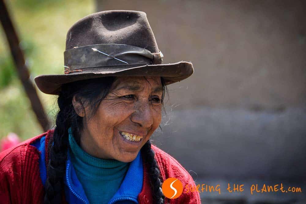 Old Quechua woman in Patacancha