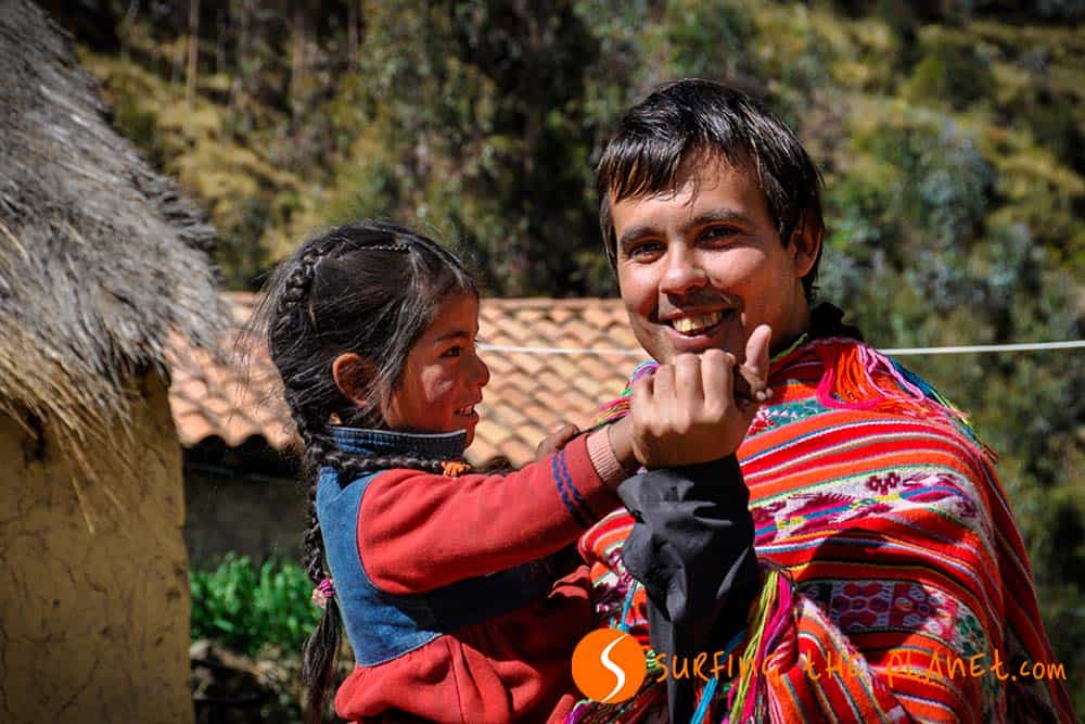 Playing with a Quechua girl in Patacancha