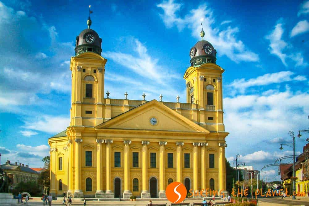 Debrecen Great Church in the daytime