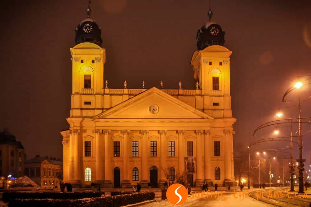 Debrecen Great Church by night
