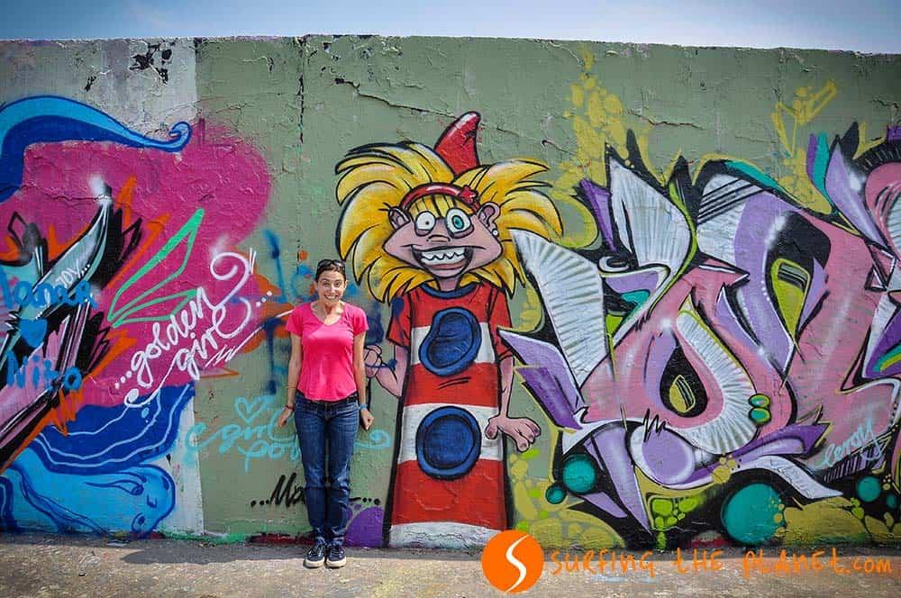 Funny Graffiti Berlin Wall