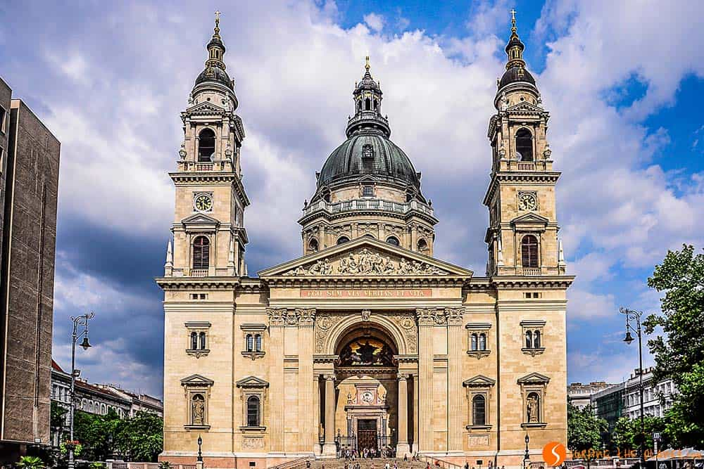St. Stephen's Basilica in Budapest - things to do in Budapest