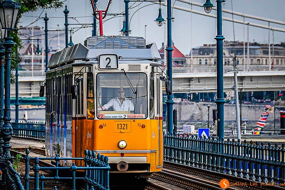 The famous Tram Number 2 in Budapest - Sightseeing Budapest