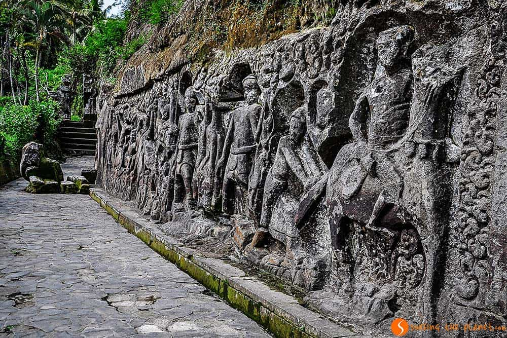 Bali Culture - Yeh Puluh Rock Carving