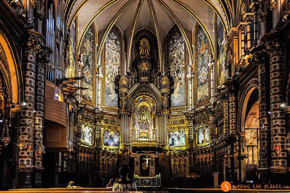 El interior del Monasterio de Montserrat | Visitar Montserrat desde Barcelona