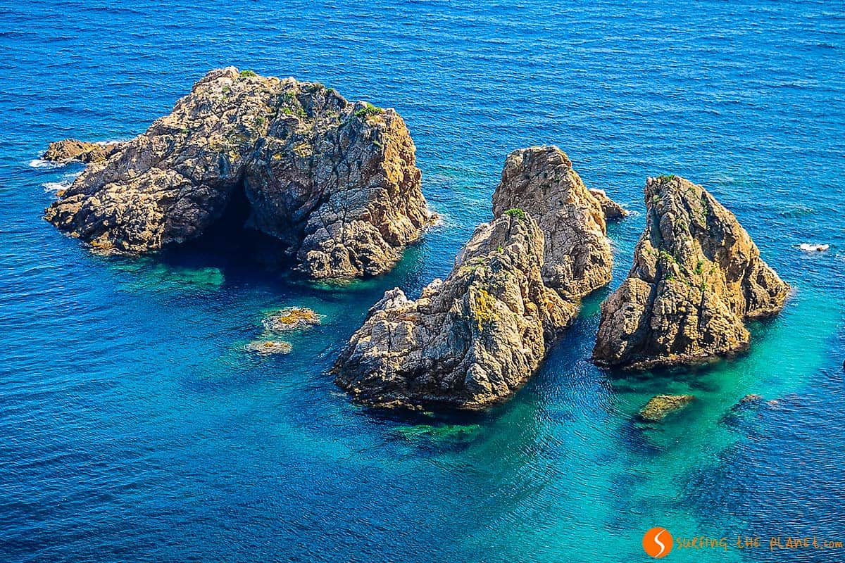 Rocks in the sea - Top 20 Hidden Places Costa Brava