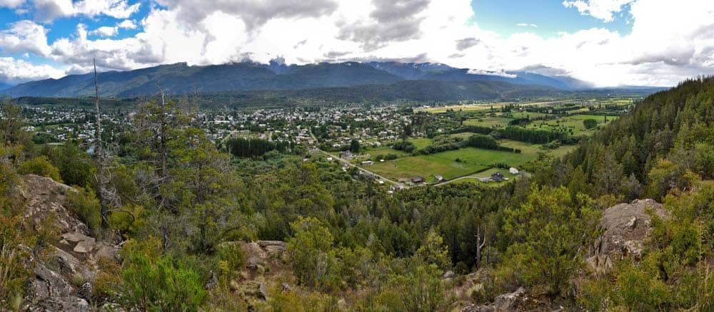 Panorama desde Cerro Amigo, el Bolsón, Patagonia Argentina