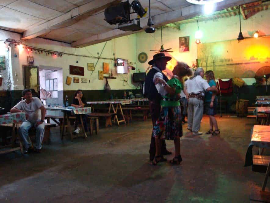 Bailes Folcloricos Argentinos, Buenos Aires, Argentina