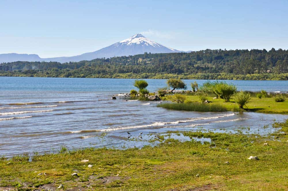 Volcán Villarrica con el lago, Villarrica, Chile