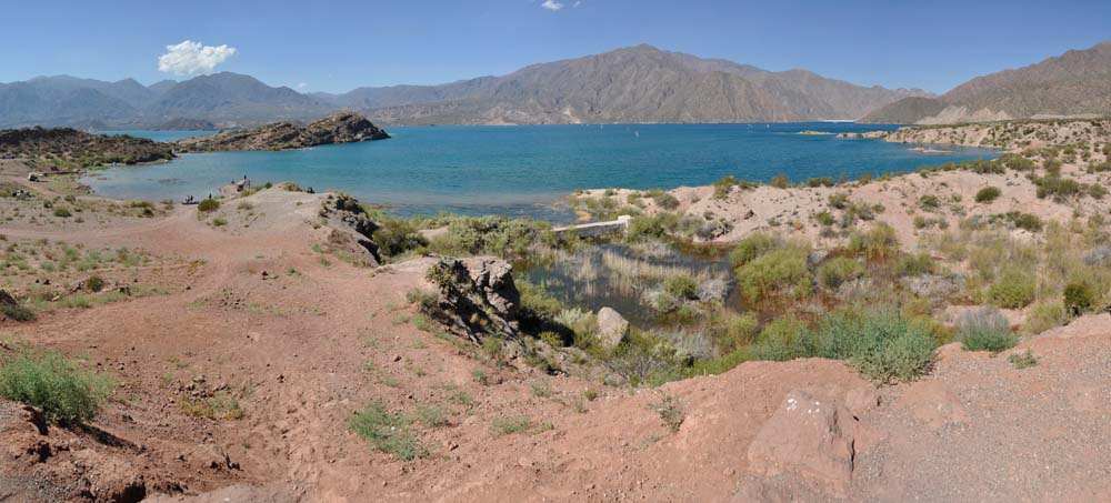 Embalse de Potrerillos, cerca de Mendoza