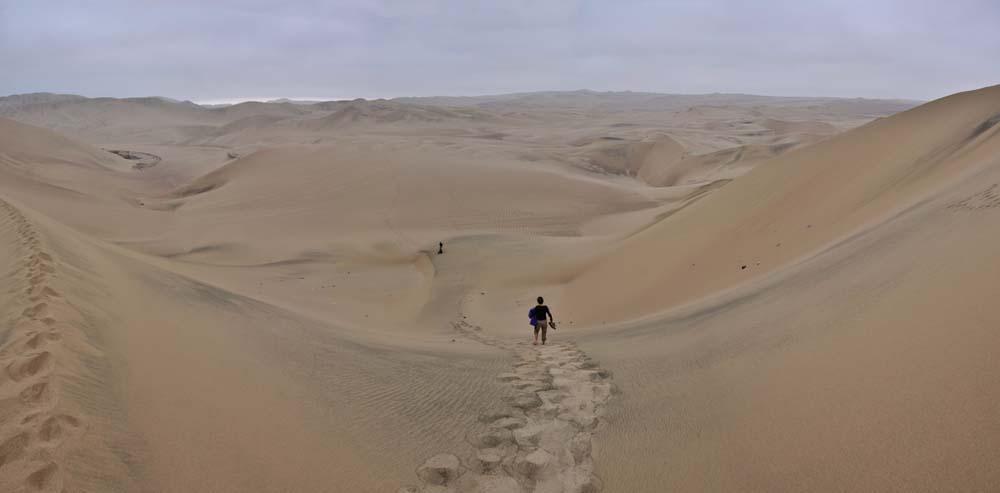El desierto de La Huacachina, Perú