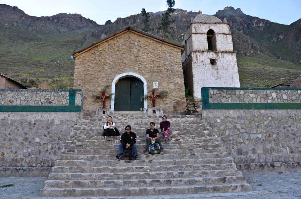 Az egyik kis település a Colca-kanyon oldalában