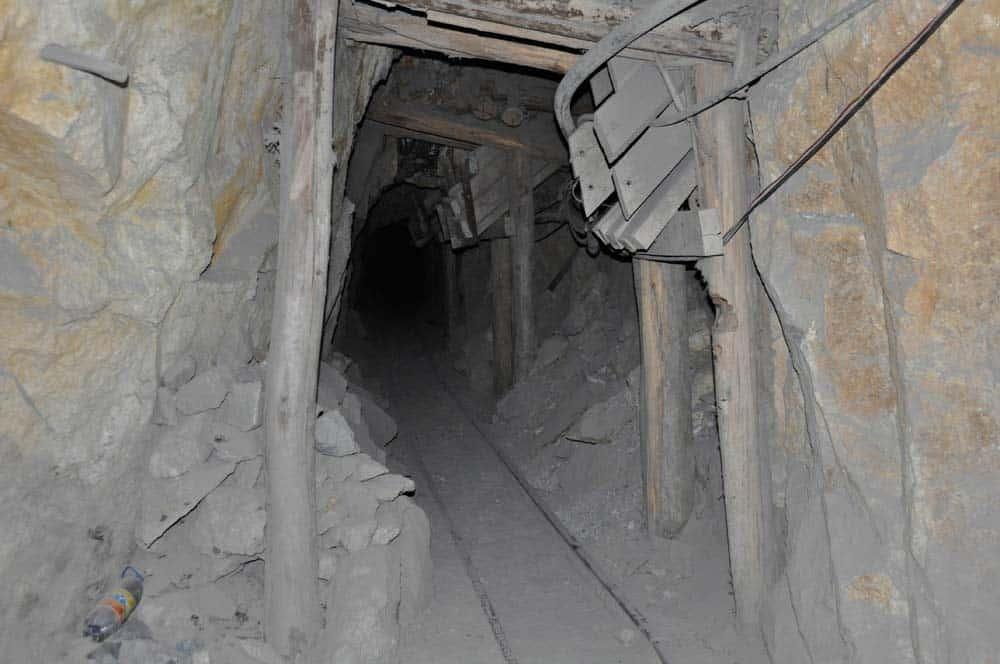 Columpio en las minas de Potosí, Bolivia