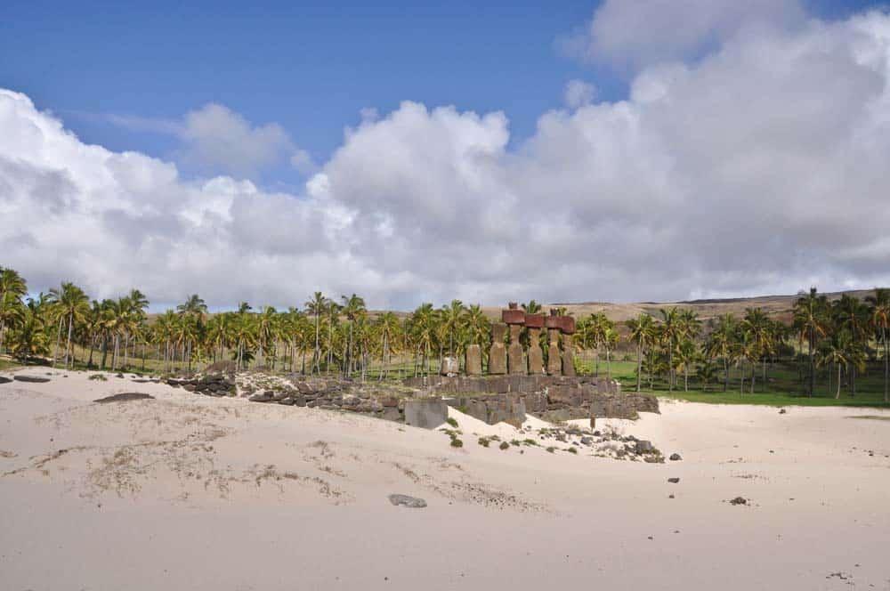 Playa de Anakena, isla de Pascua, Chile