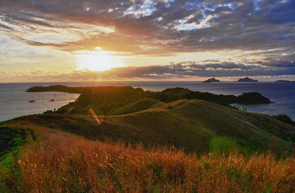 Tramonto nell'isola di Mana   Viaggiare a Figi