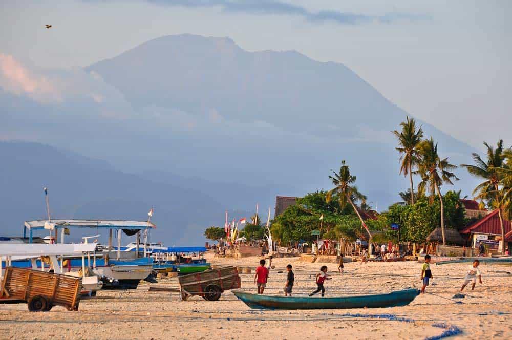 Spiaggia isola di Lembongan Bali | Viaggio Indonesia