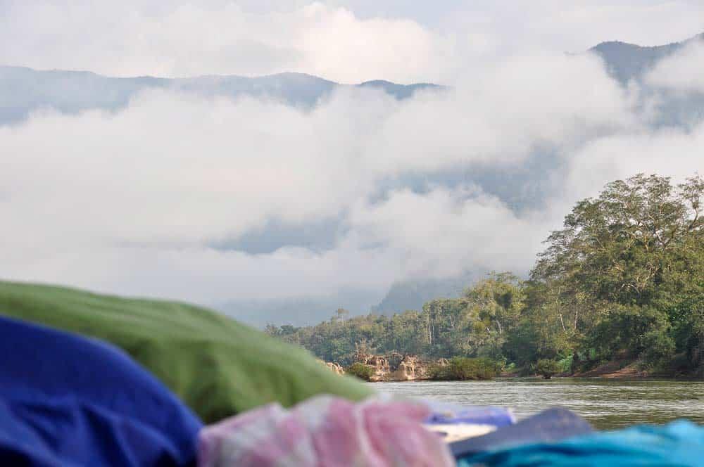Paesaggio lungo il fiume Nam Ou