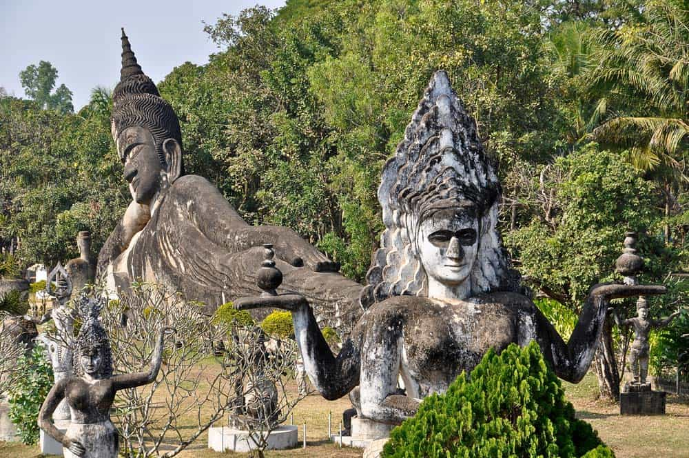 Buddha disteso nel Buddha Park