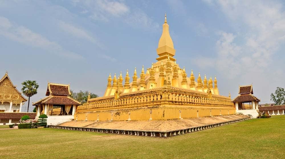 Monumento Nacional Vientiane en Laos