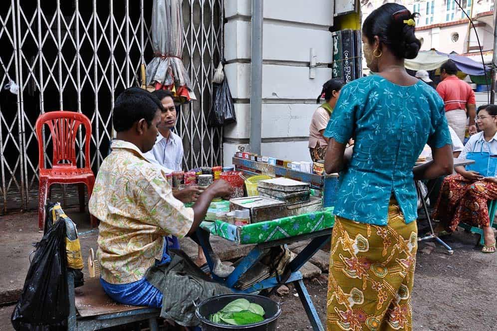 Vida en Yangon