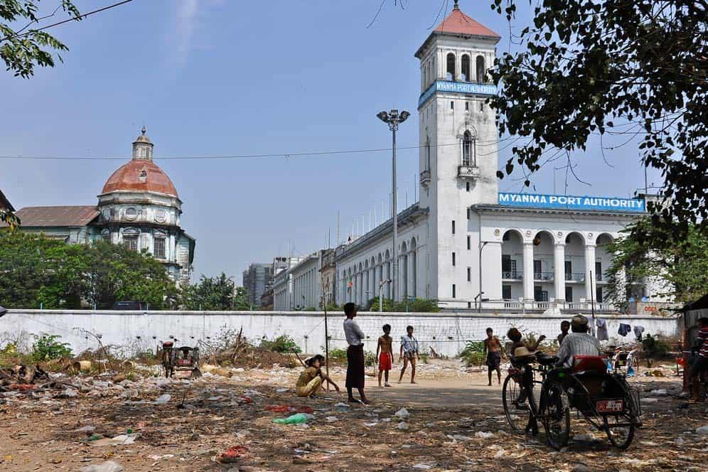 Edificion Colonial Yangon