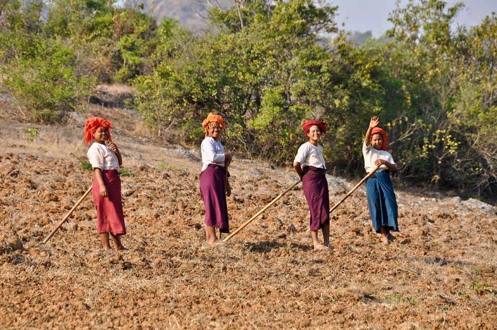 Burmese women working
