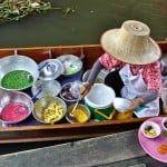 Visitar un mercado flotante en Bangkok