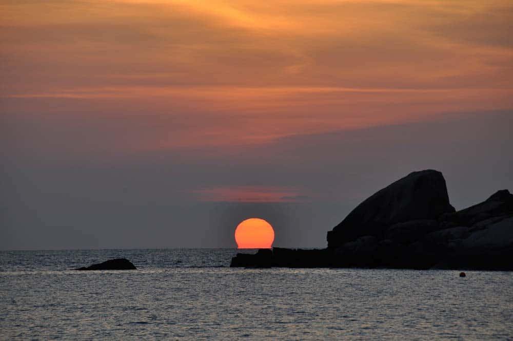 Sunrise in Hin Wong Bay