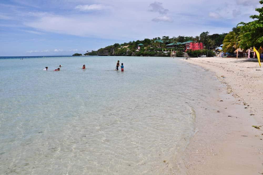 Playa de la bahía de Santiago, Camotes, Filipinas