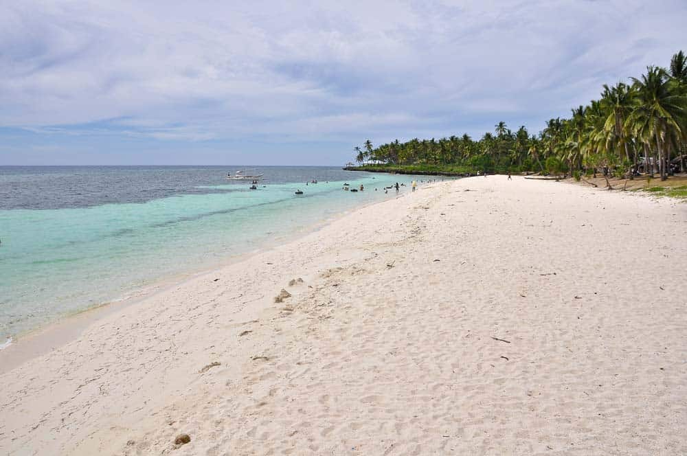 Playa virgen, Camotes, Filipinas