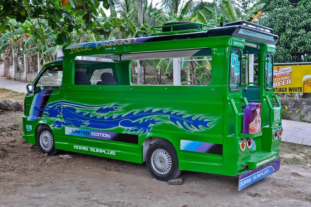 Jeepney mezzo di trasporto locale | Viaggio Filippine
