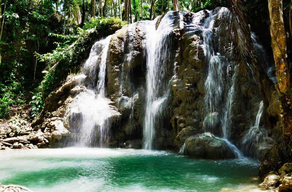 Cascate Lugnason nell'isola di Siquijor | Viaggio Filippine