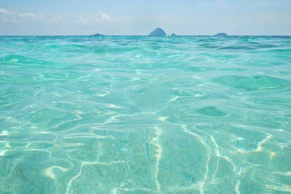 Acqua trasparente nell'isola di Perhentian Kecil, spiaggia Romantic | Viaggio in Malesia