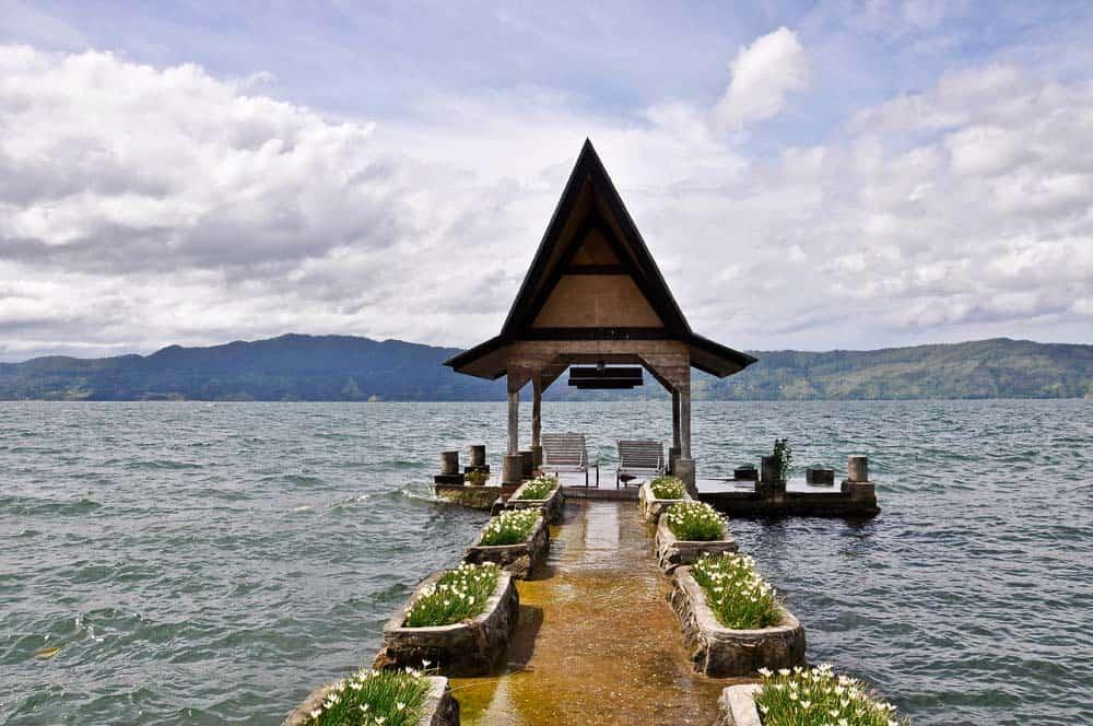 Bellissimo paesaggio del Lago Toba a Sumatra | Viaggio Indonesia