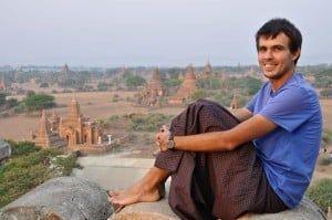 Falda de Myanmar en Bagan