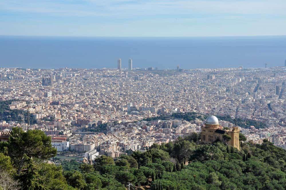 panorama desde tibidabo | lugares que visitar en Barcelona