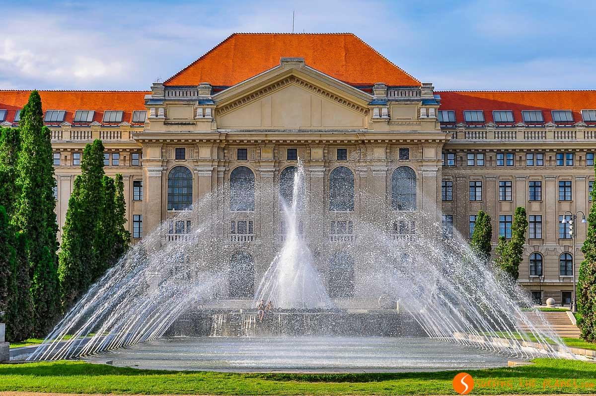 Universidad de Debrecen, Hungría |Qué ver y hacer en Debrecen