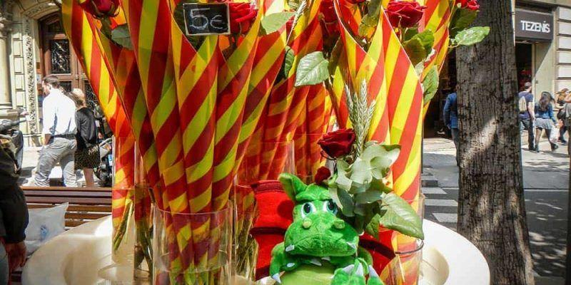 Rosas con el dragón Sant Jordi