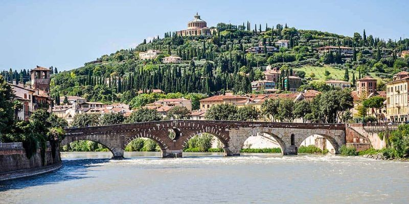 Ponte di Pietra Verona