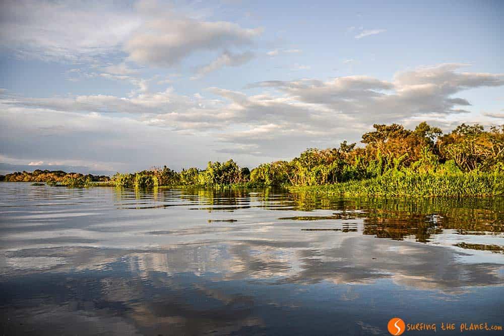 Colores del atardecer - Viaje al Amazonas
