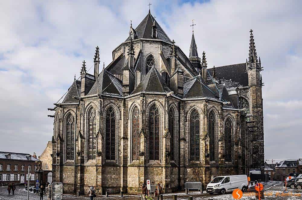 Visitar Mons - Colegiata Saint Waidru