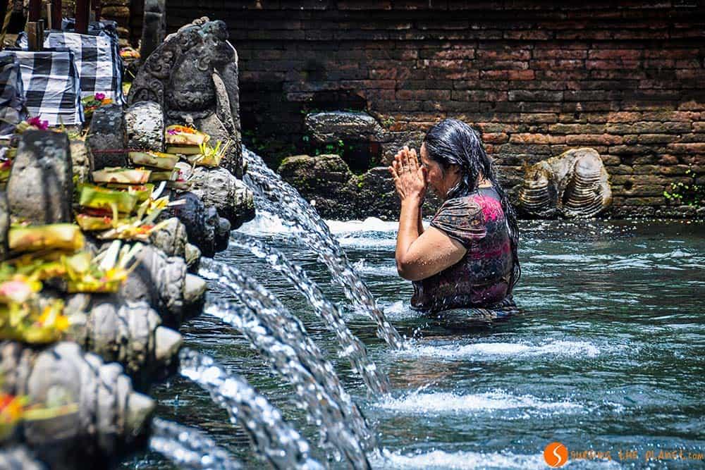 Temples of Bali - Women Tirta Empul