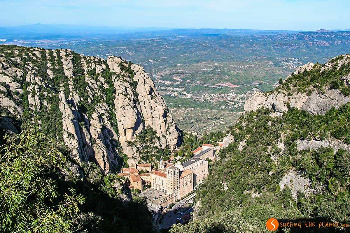 Monasterio de Montserrat desde el Funicular de Sant Joan, Barcelona, Cataluña |Qué ver y hacer en Montserrat