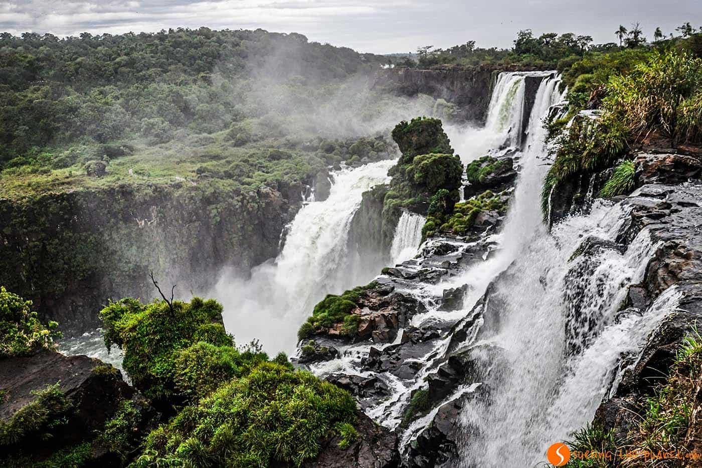 Le cascate di iguazù dalla parte brasiliana